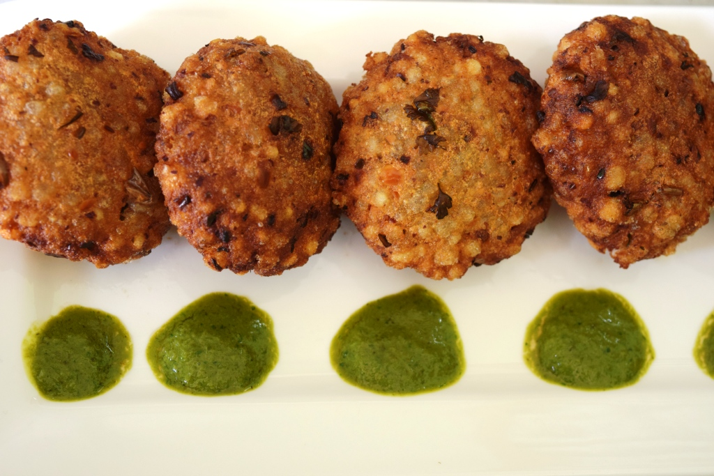Sabudana Vada (Savory Sago Fritters) recipe with step by step pictures