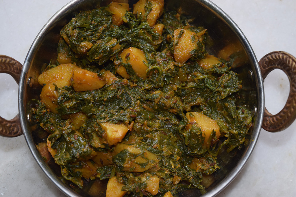 Very tasty and healthy Potato Spinach cooked vegetable aka Aloo Palak ...