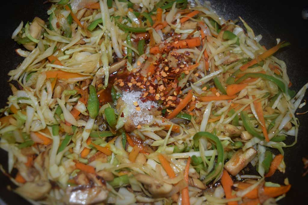 how to make veg chow mein in hindi