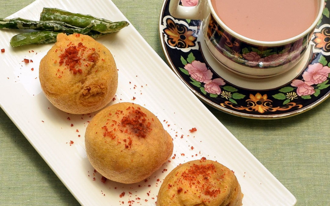 Batata Vada | How To Make Maharashtrian Batata Vada At Home